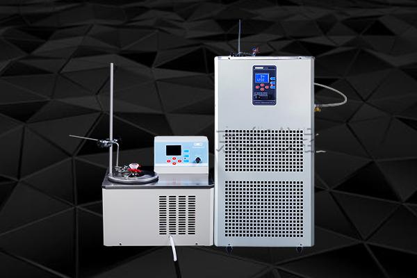 在使用低温恒温反应浴进行实验时要打开循环泵